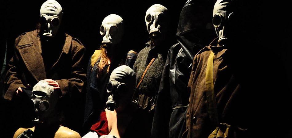 Il teatro della tragicomica fine dell'umanità
