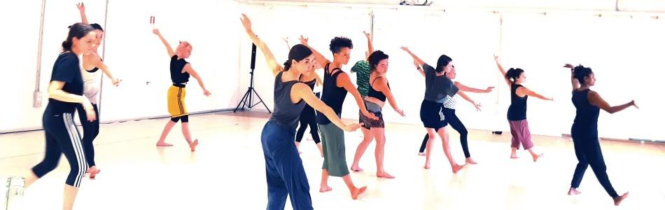International workshops for dancers and performers